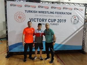 رقابت های بین المللی کشتی آزاد و فرنگی نوجوانان جام پیروزی- ترکیه 4