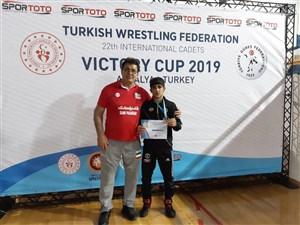 رقابت های بین المللی کشتی آزاد و فرنگی نوجوانان جام پیروزی- ترکیه 5