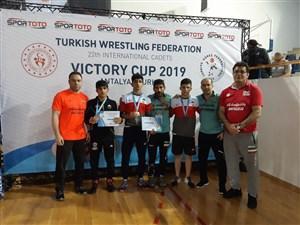 رقابت های بین المللی کشتی آزاد و فرنگی نوجوانان جام پیروزی- ترکیه 6